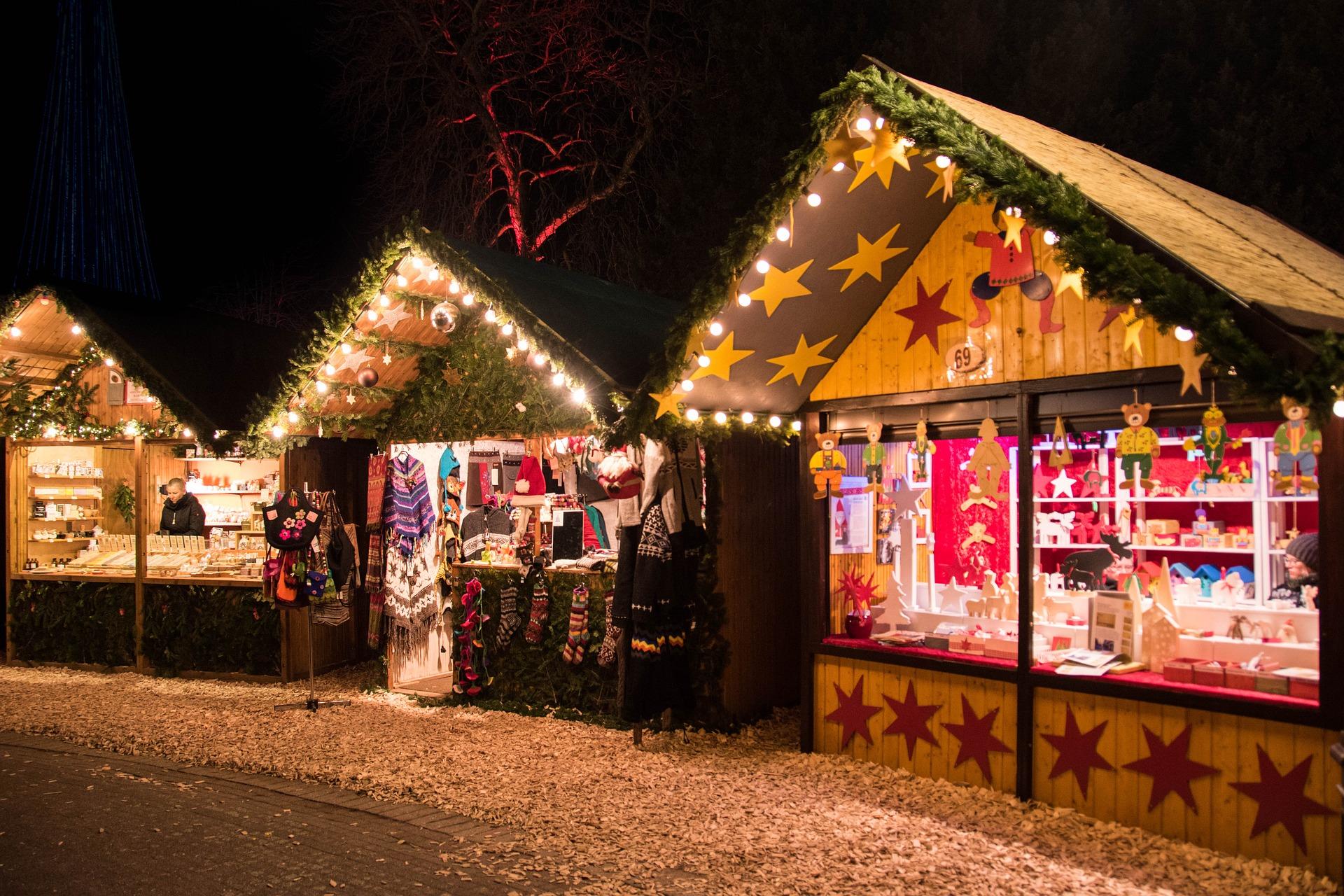 Risultati immagini per christmas market